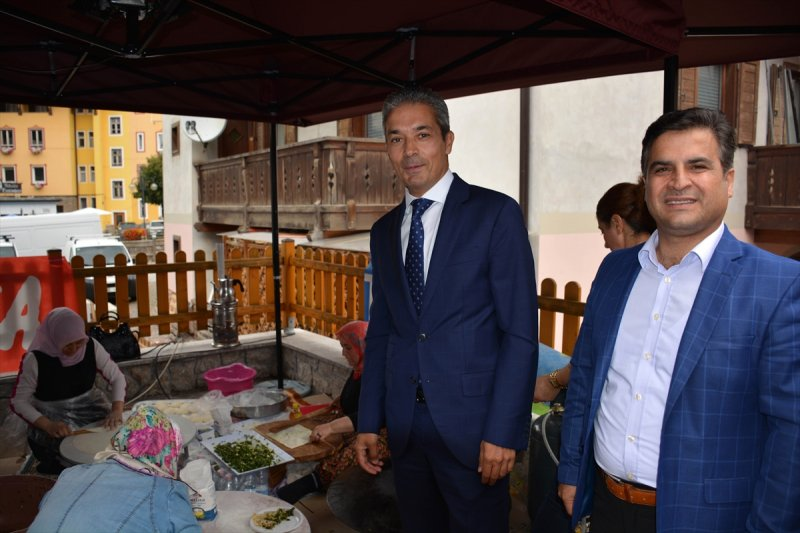 İtalyan kasabasında asırlık Türk festivali 12