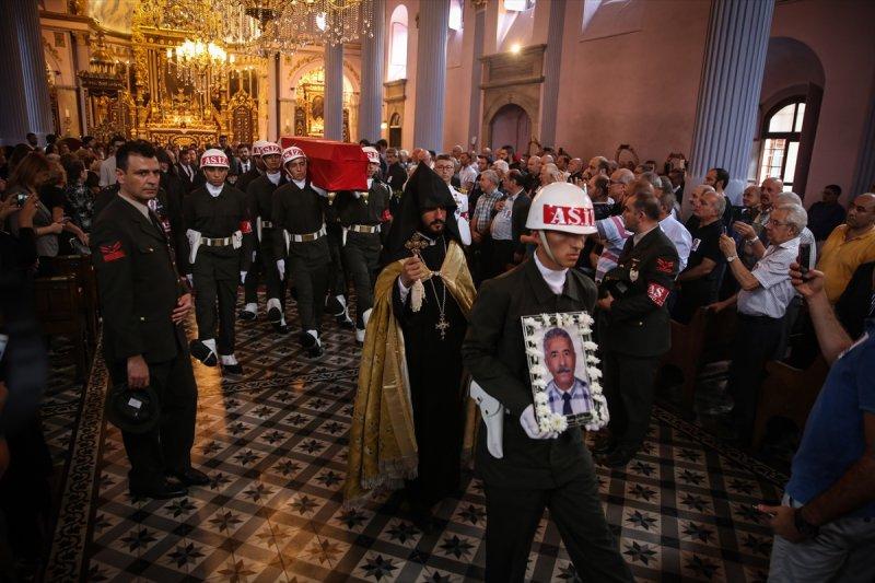 Ermeni Kıbrıs gazisi için kilisede tören düzenlendi 1