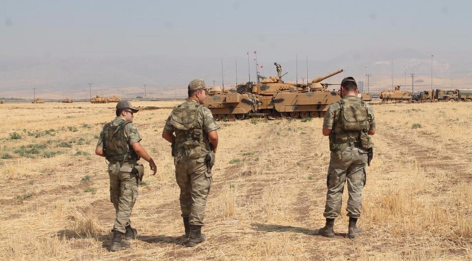 TSK'dan Irak sınırında nefes kesen tatbikat! 1