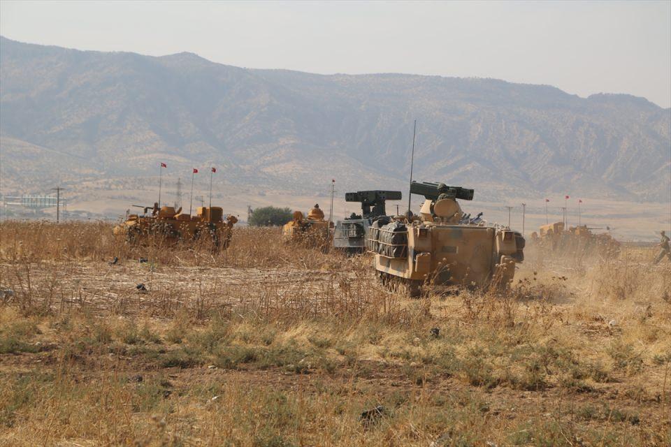 TSK'dan Irak sınırında nefes kesen tatbikat! 13