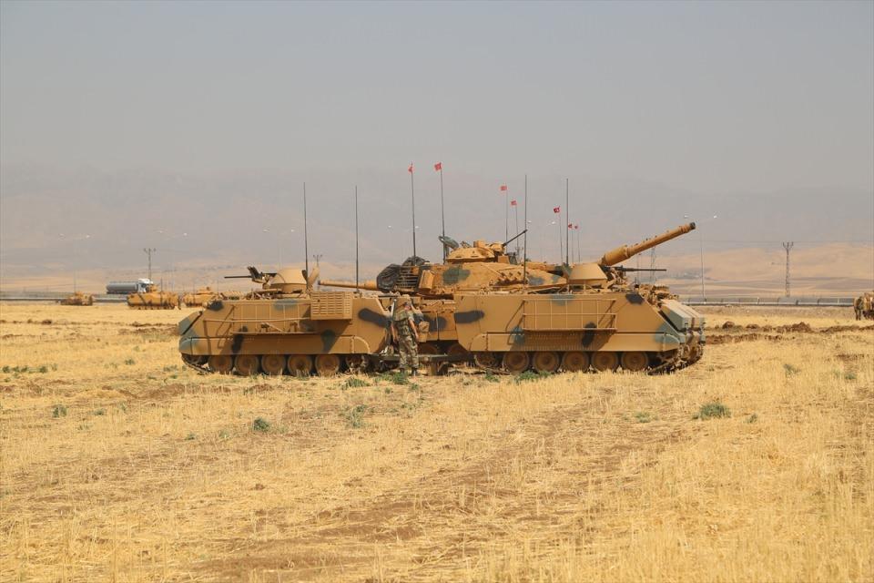TSK'dan Irak sınırında nefes kesen tatbikat! 18
