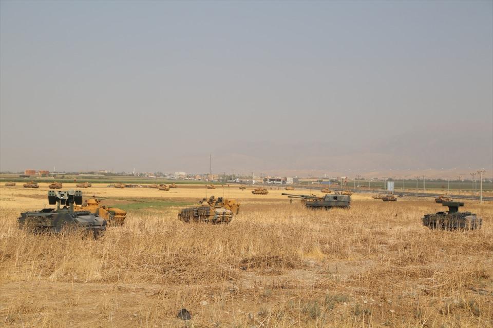 TSK'dan Irak sınırında nefes kesen tatbikat! 20