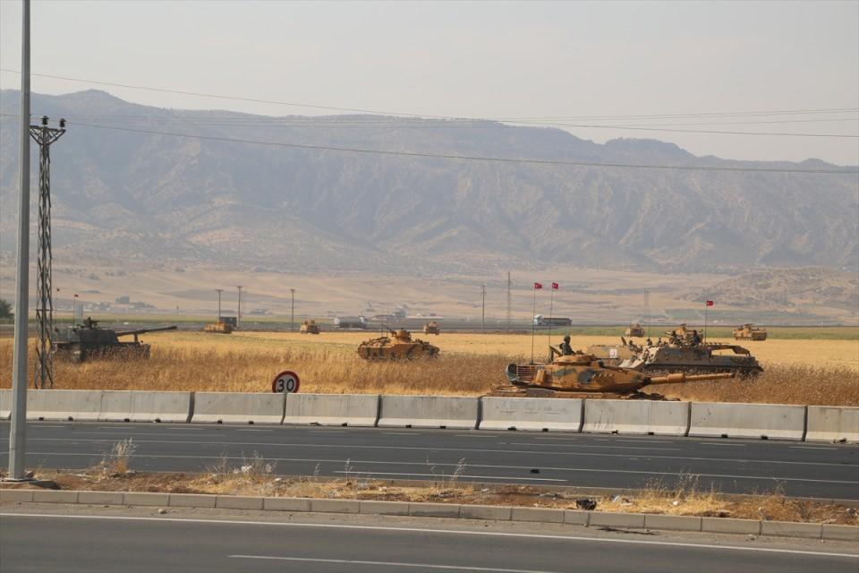 TSK'dan Irak sınırında nefes kesen tatbikat! 3
