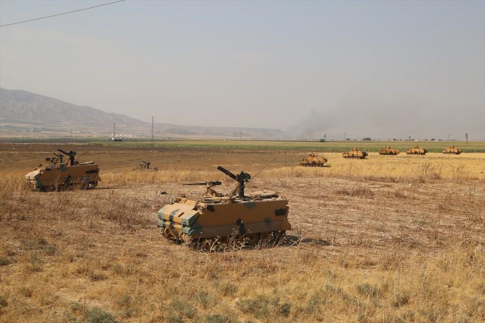TSK'dan Irak sınırında nefes kesen tatbikat! 9