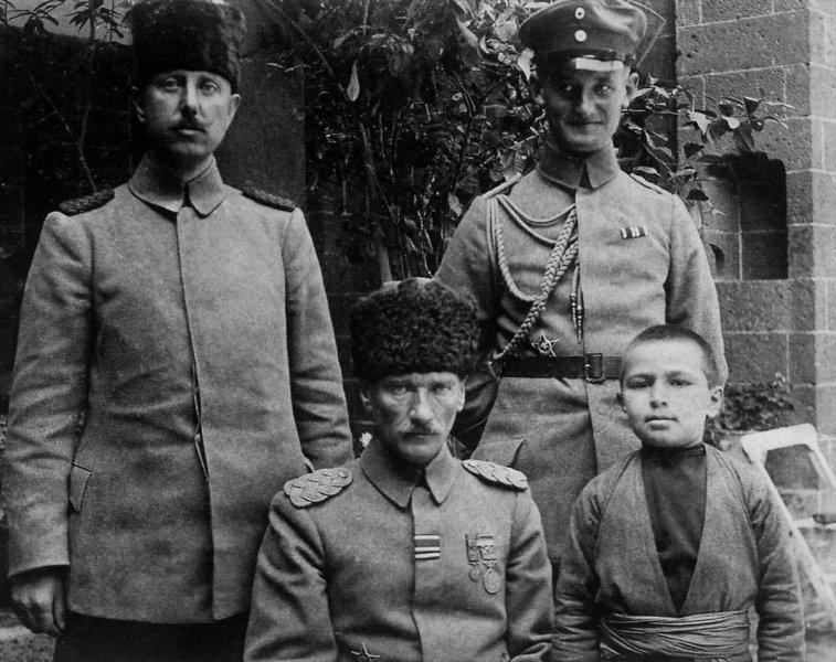 Gazi Mustafa Kemal Atatürk'ün az bilinen fotoğrafları ortaya çıktı 1