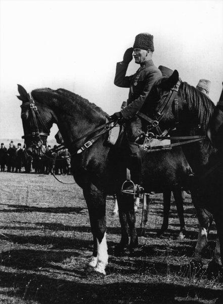 Gazi Mustafa Kemal Atatürk'ün az bilinen fotoğrafları ortaya çıktı 8