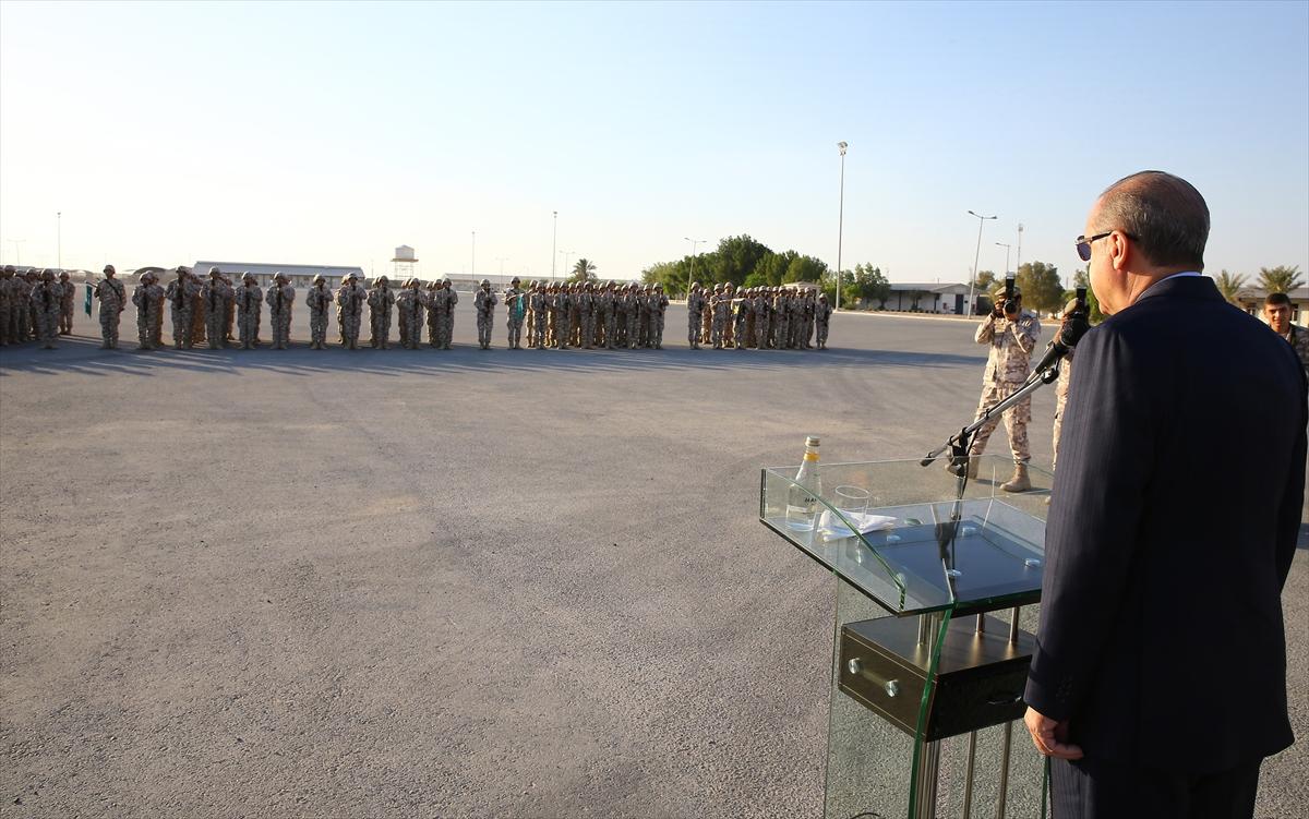 Erdoğan Katar'da Türk birliğini ziyaret etti 3
