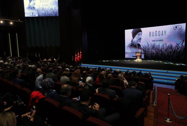 Cumhurbaşkanı Erdoğan Buğday filminin galasına ev sahipliği yaptı 3