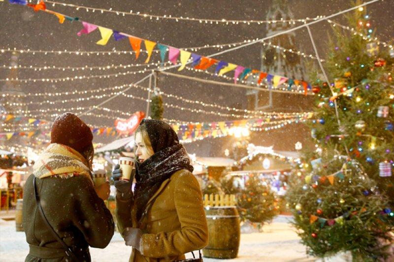 Rusya'da hayat 'kar'a rağmen durmuyor 1