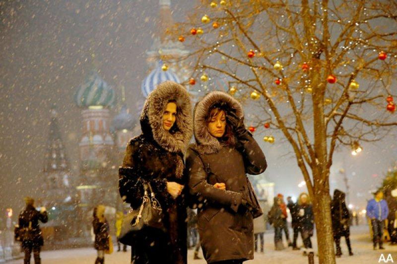 Rusya'da hayat 'kar'a rağmen durmuyor 6