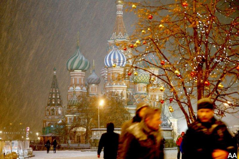 Rusya'da hayat 'kar'a rağmen durmuyor 7