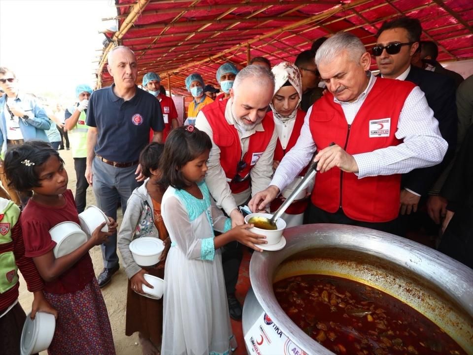 Başbakan Yıldırım'dan Arakanlı müslümanlara ziyaret 16