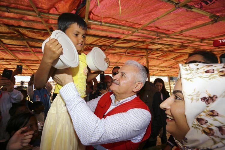 Başbakan Yıldırım'dan Arakanlı müslümanlara ziyaret 8
