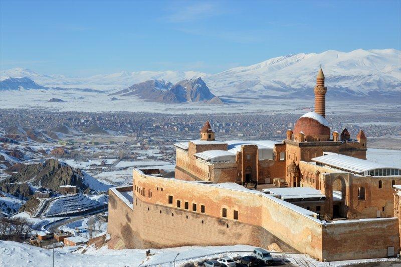 İshak Paşa Sarayı'ndan kartpostallık görüntüler 2
