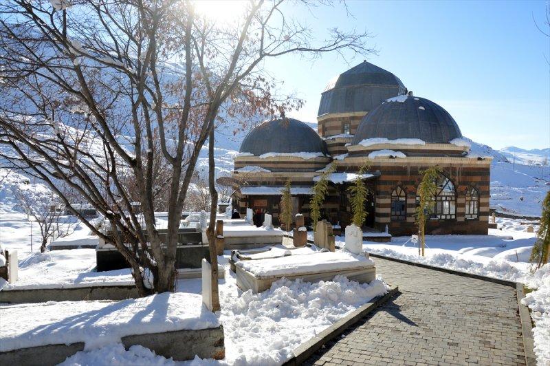 İshak Paşa Sarayı'ndan kartpostallık görüntüler 9