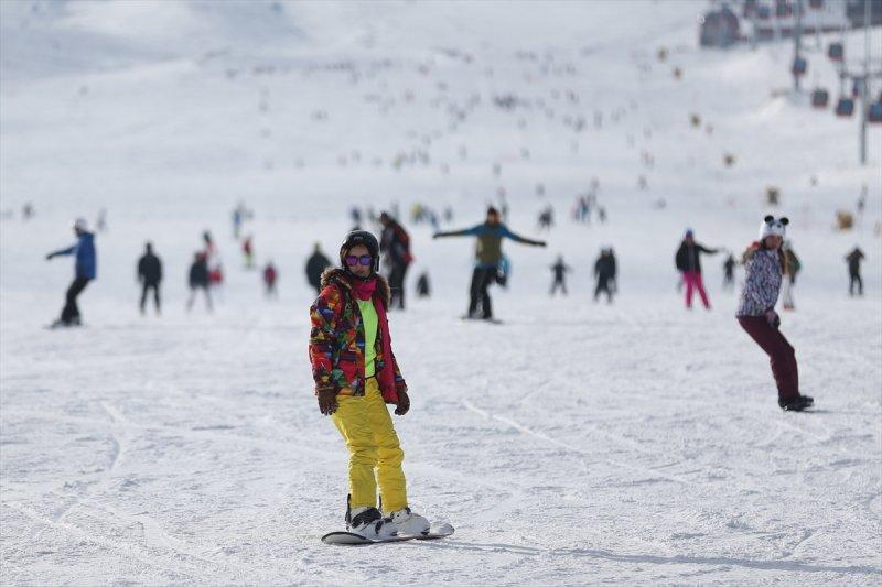 Erciyes Dağı hafta sonu doldu taştı 9