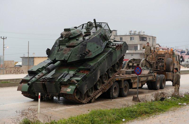 Türk tankları Reyhanlı'da 1