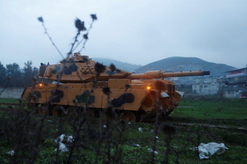 Türk tankları Reyhanlı'da 12