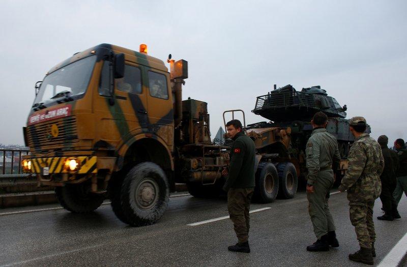 Türk tankları Reyhanlı'da 5
