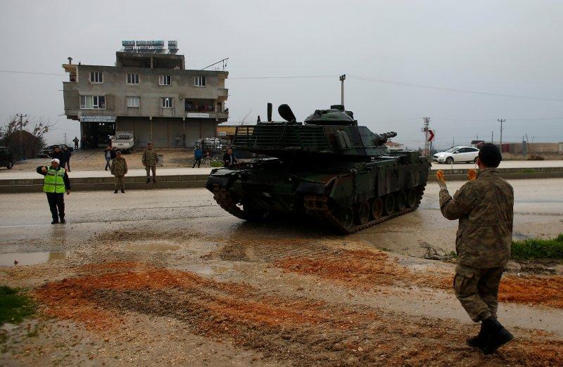 Türk tankları Reyhanlı'da 6