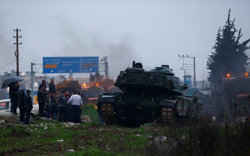 Türk tankları Reyhanlı'da 9