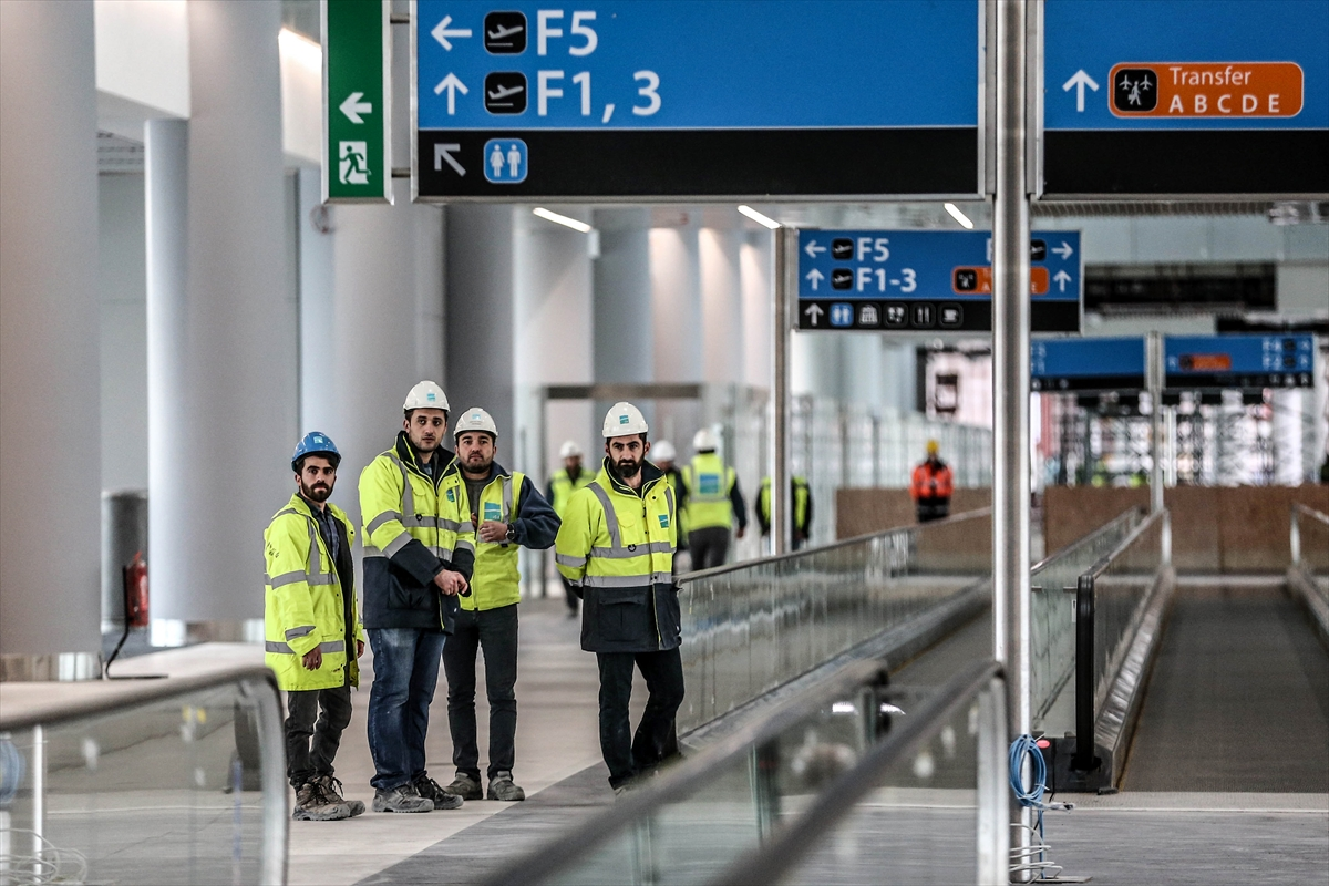 3. Havalimanının yüzde 80'i tamamlandı 15