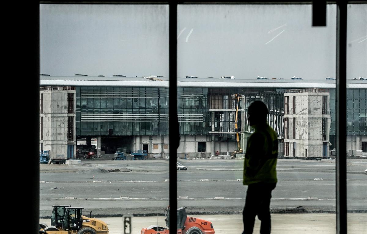3. Havalimanının yüzde 80'i tamamlandı 18