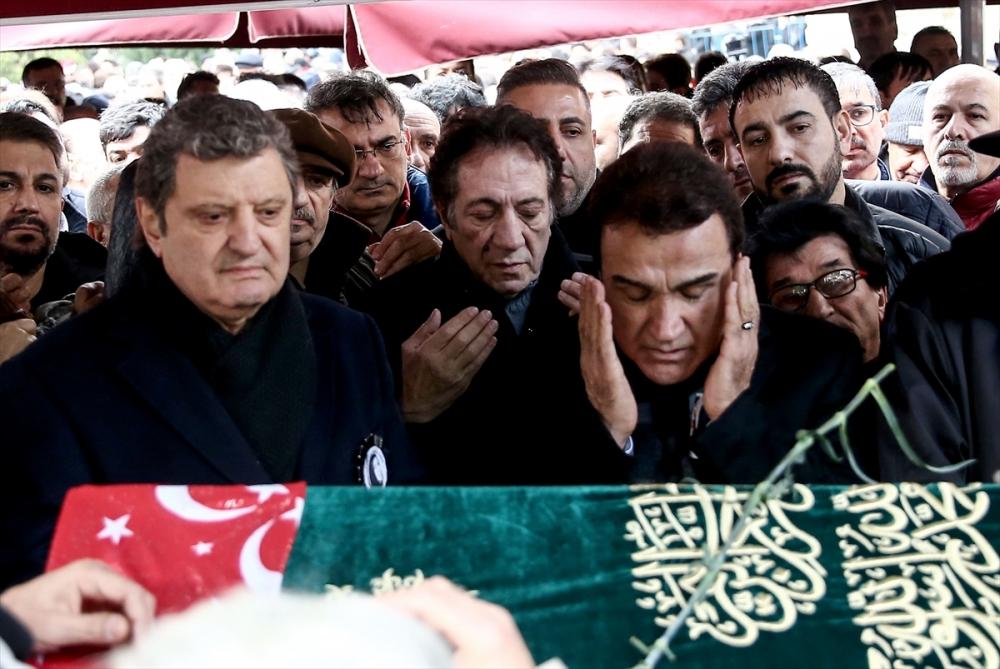 Nuray Hafiftaş son yolculuğuna uğurlandı 13