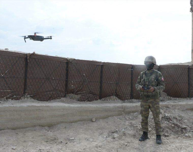 Mehmetçik teröristleri inlerinde avlıyor 11