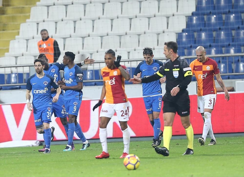 Kasımpaşa Galatasaray maçından kareler 17