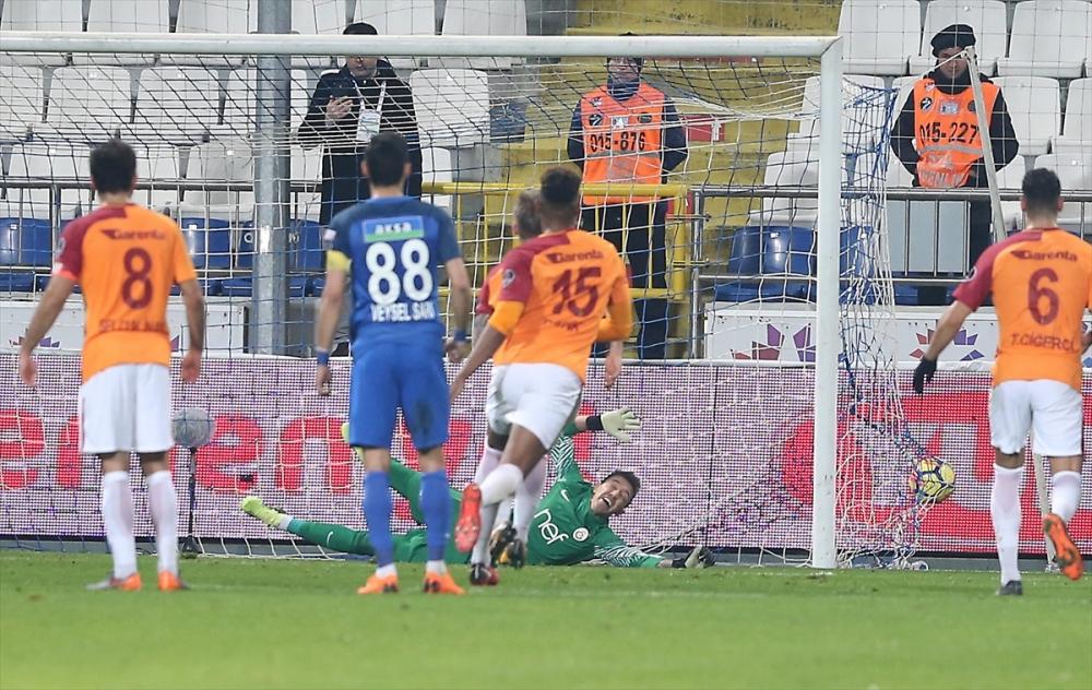 Kasımpaşa Galatasaray maçından kareler 18