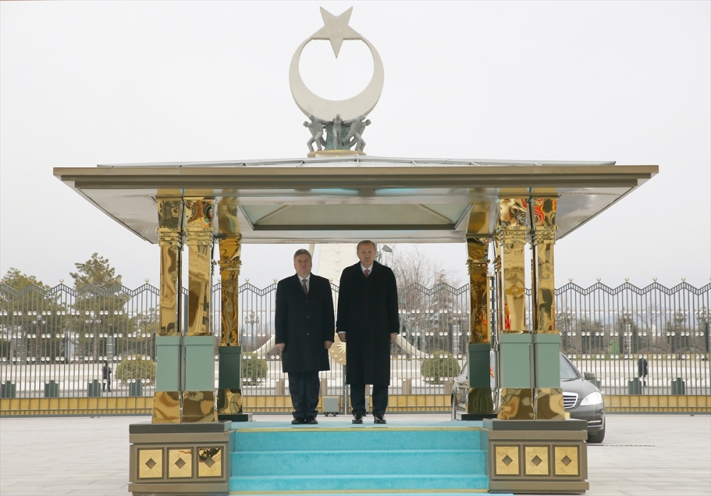 Makedonya Cumhurbaşkanı İvanov Ankara'da 3