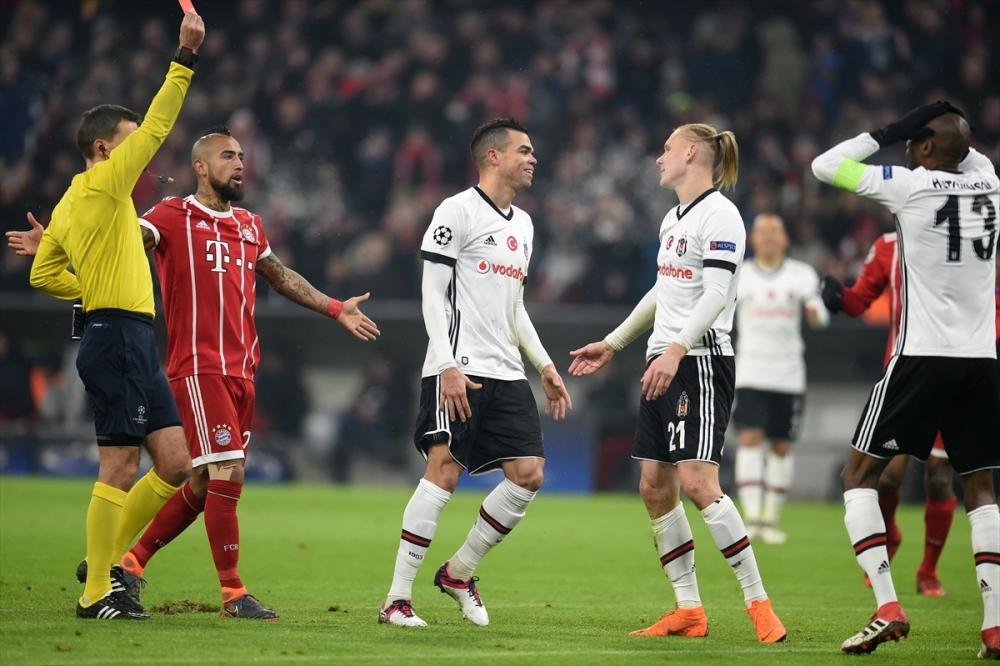 Bayern Münih Beşiktaş maçından kareler 16