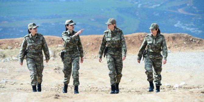 Zeytin Dalı'nın kadın subayları