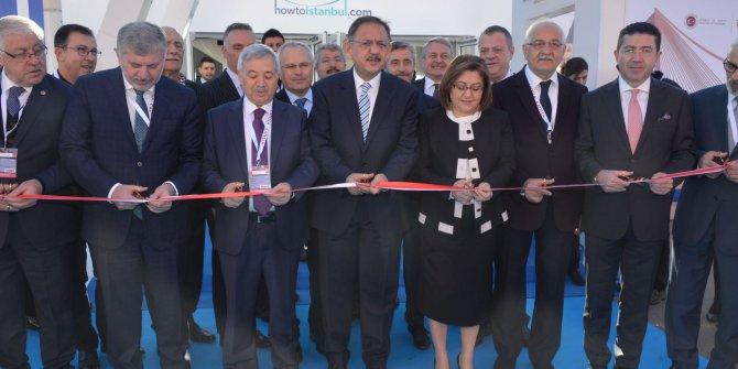 Bakan Özhaseki ve Bakan Yardımcısı Mehmet Ceylan fuara katıldı
