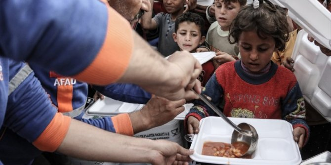 Türkiye'den terörden arındırılmış bölgelere yardım
