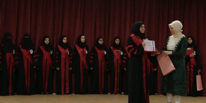 Türkiye'de yetişen sağlıkçılar Suriye'deki mazlumlara şifa veriyor