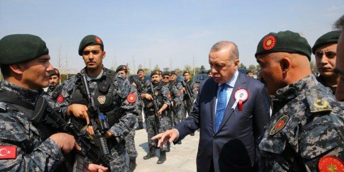 Cumhurbaşkanı Erdoğan, Soylu ve beraberindeki heyeti Külliye'de kab