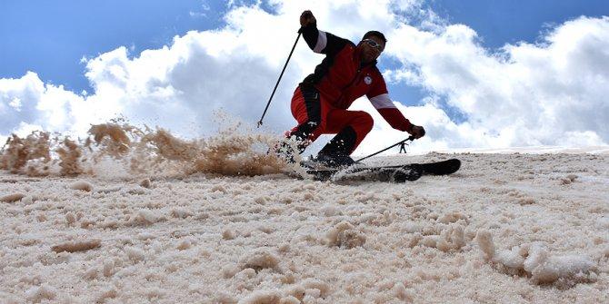 Nisan ayında kayak keyfi!