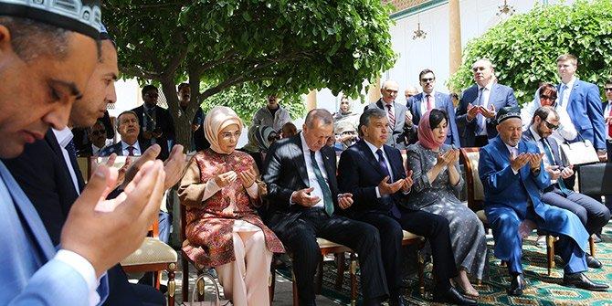 Cumhurbaşkanı Recep Tayyip Erdoğan türbe ziyaret etti
