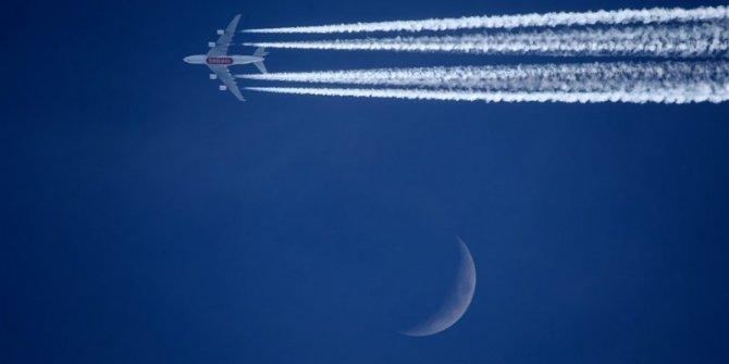 Hakkari semalarında uçak trafiği