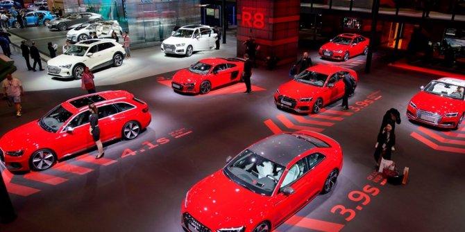 Şangay Otomobil Fuarı kapılarını açtı! Fuara ilgi yoğun