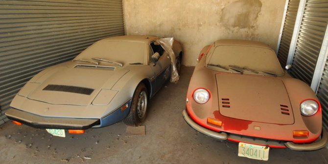 Dubai'nin her sokağında karşılaşabileceğiniz terkedilmiş lüks otomo
