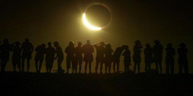 Yılın ikinci Güneş tutulması gerçekleşti (Kehribar Güneş tutulması)