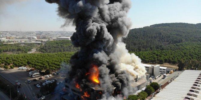 Tuzla'da kimya fabrikasında yangın