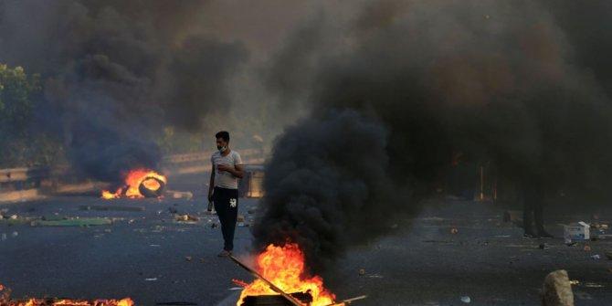 Irak'taki gösterilerde ölenlerin sayısı 100'e yükseldi