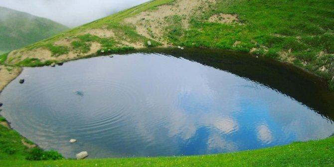 Dipsiz Göl 'valilik izinli' define kazısı ile kurutuldu