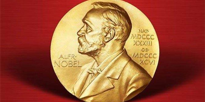 Handke'ye verilen Nobel'e yazarlardan tepki