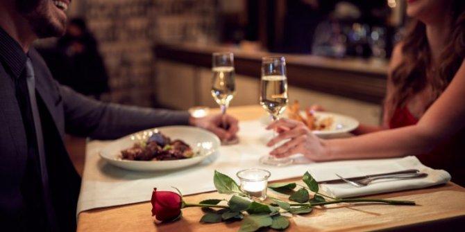 14 Şubat Sevgililer Günü'nde gidilecek en güzel mekanlar