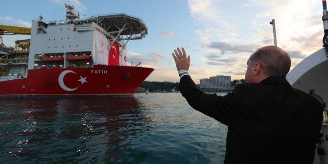 """Cumhurbaşkanı Erdoğan, """"Fatih"""" sondaj gemisini uğurladı"""